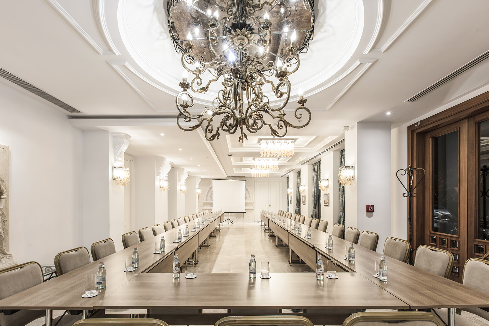 Cruciform Foyer Seminar Room : Foyer room xheko imperial hotel tirana